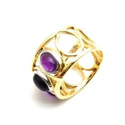 Ring, 14 Kt. goud, paarse steen, maat 19 (1 st.)